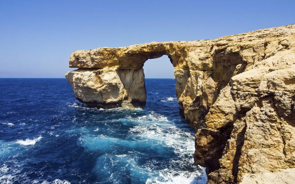 Azure Window in Malta was the scene for the Dothraki wedding in the first season of GoT.
